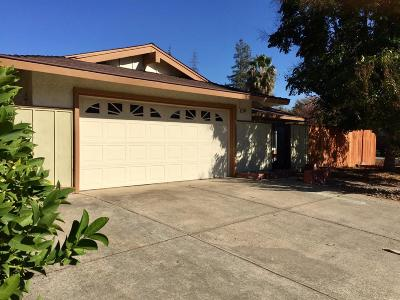 Elk Grove Single Family Home For Sale: 8533 Birch Crest Court