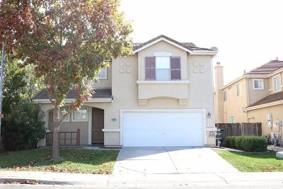 Sacramento Single Family Home For Sale: 4832 Windsong Street