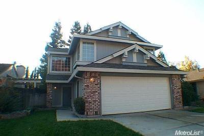 Elk Grove Single Family Home For Sale: 9236 Harrogate Way