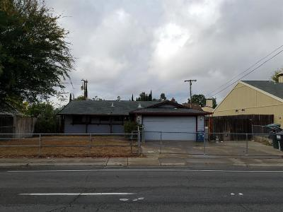Sacramento Single Family Home For Sale: 5323 Hillsdale Boulevard