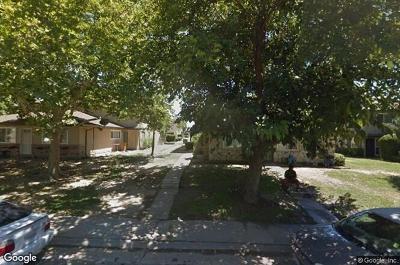 Sacramento County Condo For Sale: 4412 Greenholme Drive