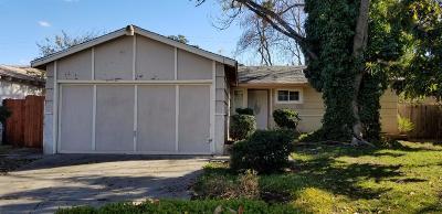 Sacramento Single Family Home For Sale: 5608 53rd