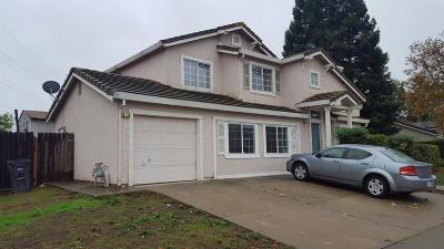 Elk Grove CA Single Family Home For Sale: $369,900