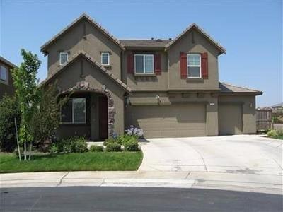 Elk Grove CA Single Family Home For Sale: $465,000