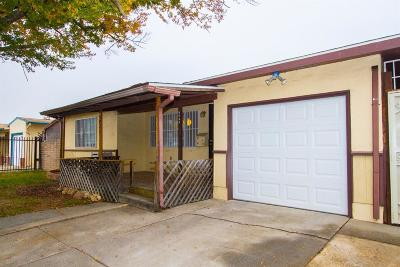 Sacramento Single Family Home For Sale: 5923 66th Street