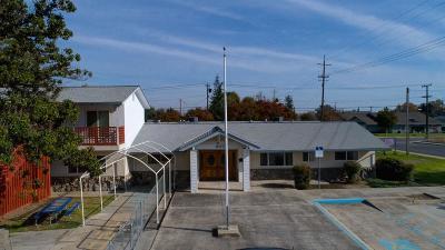 Manteca Commercial For Sale: 907 Davis Drive