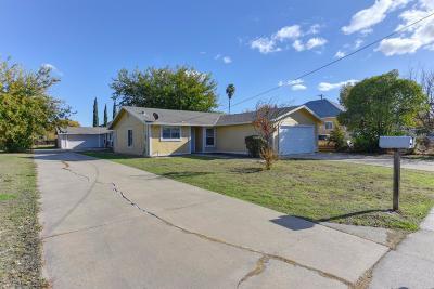 Sacramento Multi Family Home For Sale: 7021 Woodbine Avenue #7023