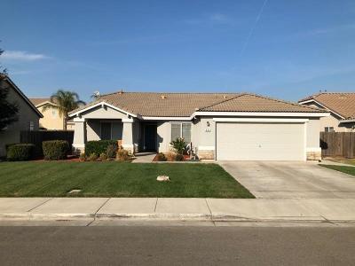 Livingston Single Family Home For Sale: 335 Redwood Way