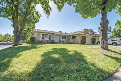 Single Family Home For Sale: 9716 Bowie Way