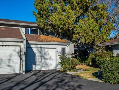 Woodland Condo For Sale: 607 Knollwood Drive