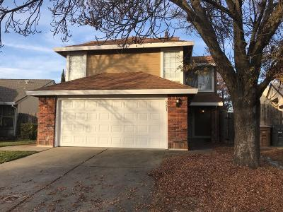 Elk Grove Single Family Home For Sale: 9221 Harrogate Way