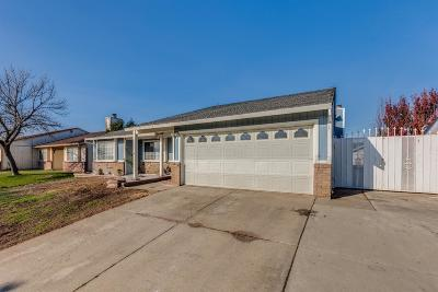 Single Family Home For Sale: 8763 Tiogawoods Drive