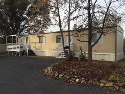 Single Family Home For Sale: 10891 North Airport Road
