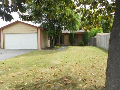 Single Family Home For Sale: 9436 Courtney Court