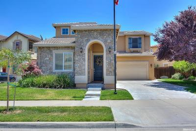 Oakdale CA Single Family Home For Sale: $425,000