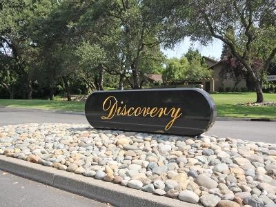 Single Family Home For Sale: 1813 Discovery Village
