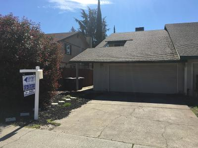 Citrus Heights Single Family Home For Sale: 7790 Chancery Court