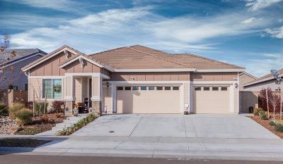 Roseville Single Family Home For Sale: 3017 Oak Trail Way