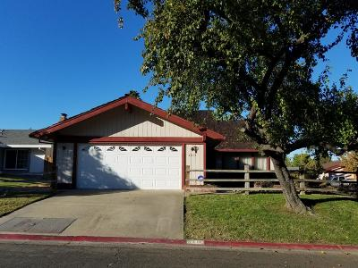 Citrus Heights Single Family Home For Sale: 6213 Chapel View Lane