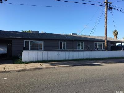 Sacramento County Multi Family Home For Sale: 2730 53rd Avenue #2728