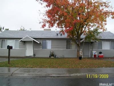Sacramento County Multi Family Home For Sale: 6808 Carnation Avenue #6806