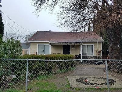 Sacramento Single Family Home For Sale: 939 Alamos Avenue