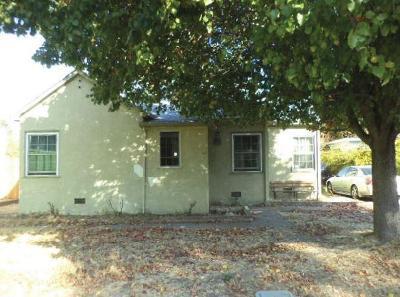 Sacramento Single Family Home For Sale: 971 Arcade Boulevard