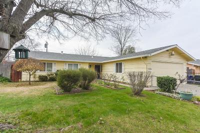 North Highlands Single Family Home For Sale: 7077 Plumber Way