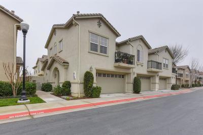 Sacramento Condo For Sale: 3301 North Park