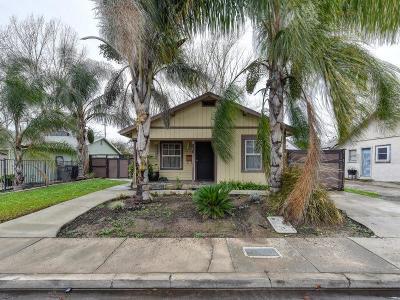 Sacramento Single Family Home For Sale: 2361 Cambridge Street