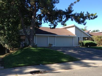 Sacramento Multi Family Home For Sale: 4932 Venuto Way #4934