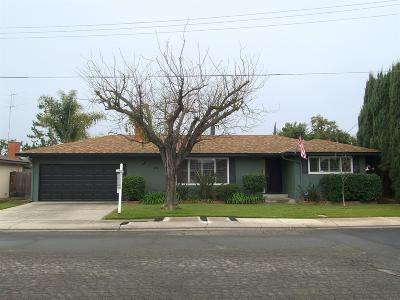 Modesto CA Single Family Home For Sale: $325,000