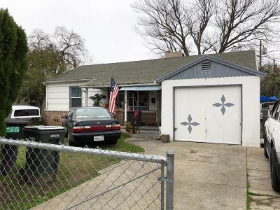 Sacramento Single Family Home For Sale: 4404 42nd Street