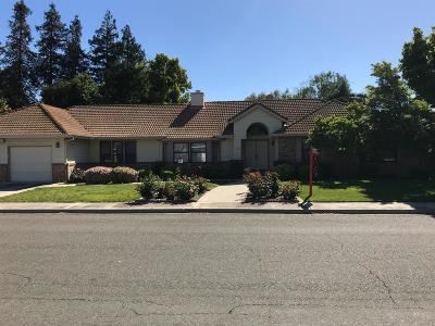 Turlock Single Family Home For Sale: 1220 Valley View Drive