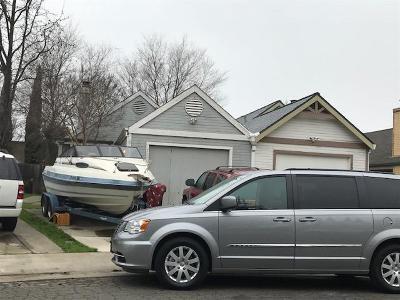 Sacramento Single Family Home For Sale: 7046 Peevey Court