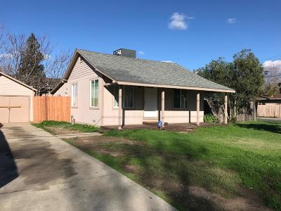 Sacramento Single Family Home For Sale: 7509 Marin Avenue