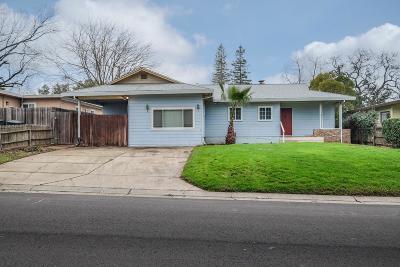 Sacramento Single Family Home For Sale: 2336 Lloyd Lane