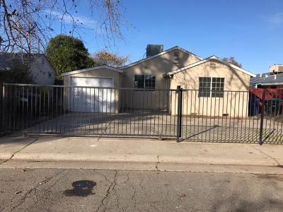 Sacramento Single Family Home For Sale: 4015 22nd Avenue
