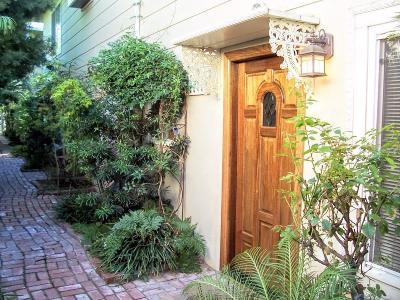 Sacramento County Multi Family Home For Sale: 2552 27th Street #2554