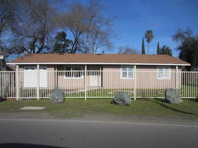 Stockton Single Family Home For Sale: 2419 Robindale Avenue