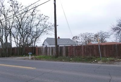 Sacramento Single Family Home For Sale: 5247 Rio Linda Boulevard