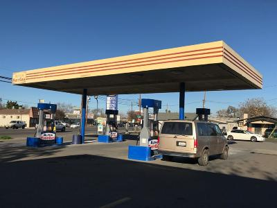 Stockton CA Commercial For Sale: $988,888