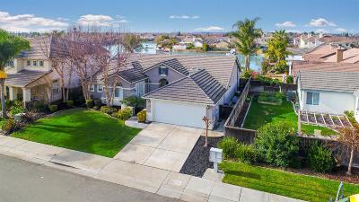 Sacramento Single Family Home For Sale: 10 Sage Grouse Court