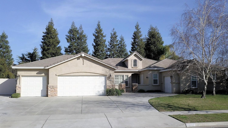 Property Photo & Listing: 1802 Tartan Road Turlock CA.| MLS# 18007891 | Assist-2 ...