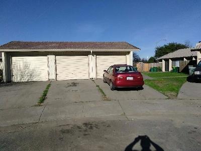 Stockton Multi Family Home For Sale: 2511 Gareth Circle