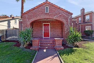 Stockton Single Family Home For Sale: 326 Tuxedo Court