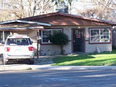 West Sacramento Single Family Home For Sale: 2024 Manzanita Way