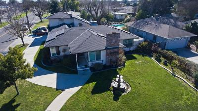 Stockton Single Family Home For Sale: 1006 West Benjamin Holt Dr