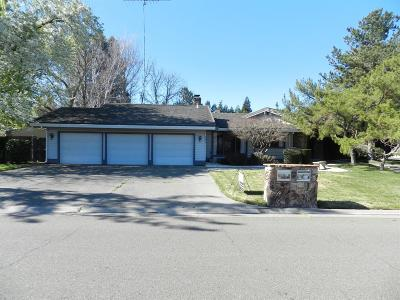 Elk Grove Single Family Home For Sale: 4953 Saint Augustine