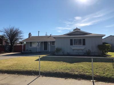 Sacramento Single Family Home For Sale: 7522 Loma Verde Way
